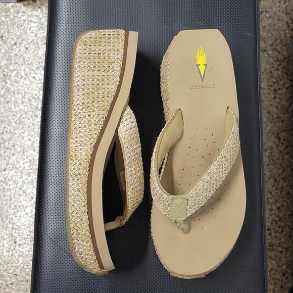 Volatile Flip Flops Size 11